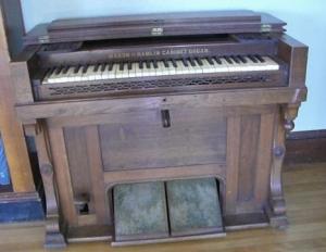 cabinet organ comp