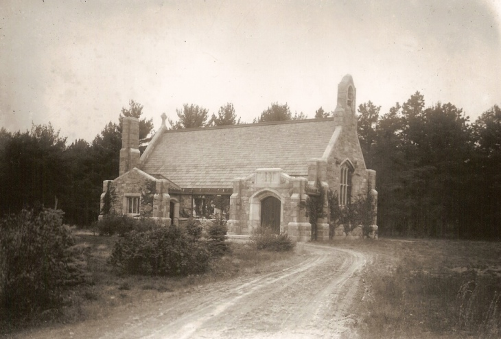 Alvirne Memorial Chapel c1909