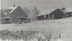 Mellen Farmhouse C 1960