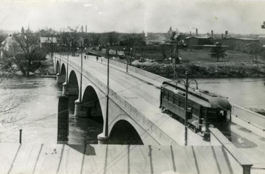 Trolley on Bridge C 1910